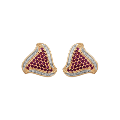 Baguettes with intricate gold and ruby earring