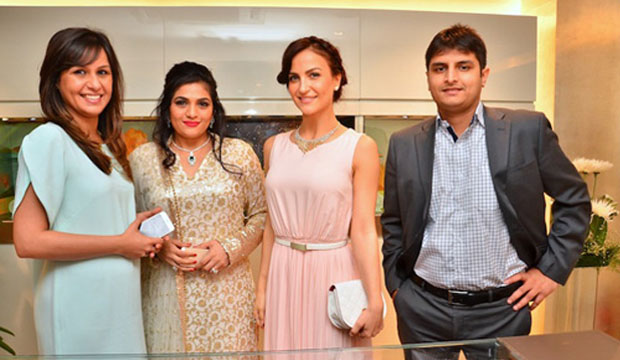 ELLI AVRAM LAUNCHS UNVEIL ZOYA BOUTIQUE WEDDING COLLECTION