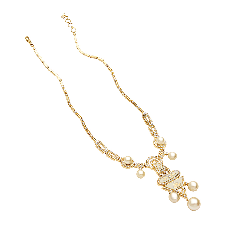 Symmetrically placed pearl necklace  - IN00NZE
