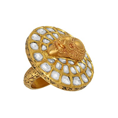 Golden radiance finger ring