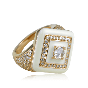 Majestic diamond in enamel finger ring