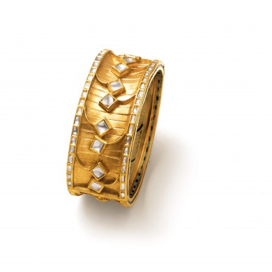Celestial kites bangle - Zoya Awadh